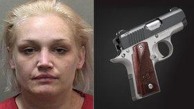 Blondýna měla ve vagině schovanou pistoli: Zbraň byla nabitá