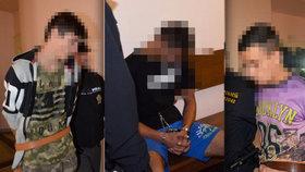 To jsou oni! Tři chovanci (16 až 17) si naplánovali vraždu vychovatele, ubránil se! Soud je poslal do vazby