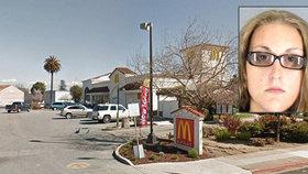 Zaměstnankyně McDonald's porodila v práci dítě do záchodu, pak se ho pokusila spláchnout hlavičkou napřed