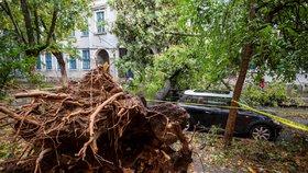 Silná bouře devastovala Rumunsko: Pět mrtvých, lidé jsou bez elektřiny
