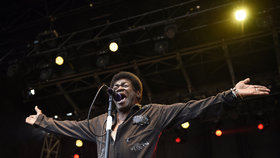 Zemřel americký zpěvák Charles Bradley: Ve věku 68 let podlehl rakovině