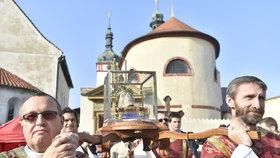 Poutníci zaplnili Starou Boleslav u Prahy: Připomínají si odkaz svatého Václava