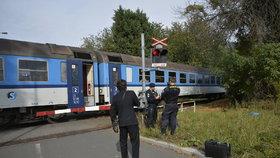 Vlak v Dejvicích srazil ženu: Byla na místě mrtvá