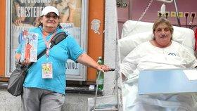 Prodejkyně Nového Prostoru Jitka (57) zkolabovala při práci. Život jí zachránila stálá zákaznice