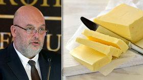 Nekupujte máslo do zásoby, varoval Čechy šéf Potravinářské komory. Zvyšují se tím ceny
