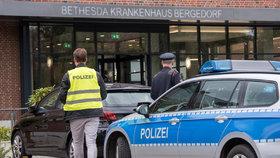 Muž zaútočil nožem na policistu, ten ho zastřelil
