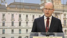 "Analýza drahého másla i hádka o ""český poklad"": Sobotkova vláda naposledy zasedne"