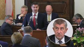 "Havlíček tasil na Babiše za lithium ""Bureše a StB"". Sněmovna chce konec memoranda"