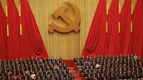 Komunisté v Číně zahájili sjezd. Trump věří, že nemanipulují s měnou