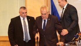 Skandál při prezidentské návštěvě v Plzni: Politici odmítli jít se Zemanem na oběd