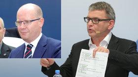 """""""Sobotka makal jako ďábel,"""" míní Zaorálek. A Filip si řekl o ministerstvo pro KSČM"""