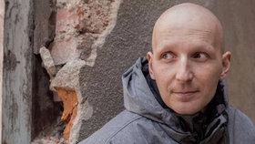 Po narození dcery Mirkovi zjistili rakovinu, ale pojišťovna odmítla platit léčbu