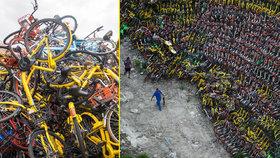 Hřbitov opuštěných kol: Na 30 tisíc bicyklů rezne na parkovišti, nikdo je nechce