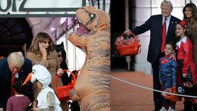 Trump a Melania oslavovali Halloween. Volební štáb prezidenta mezitím čekal soud