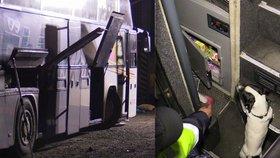 Celníci zadrželi autobus plný cigaret. Pašovala je i stevardka ve spodním prádle