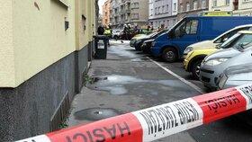 Muž ve svém bytě v Praze 6 týral zvířata: Když mu je chtěli odebrat, policisty napadl
