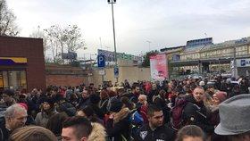 Evakuace »autobusáku« na Florenci: Policie prověřovala odložené zavazadlo