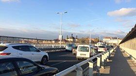 Omezení na Nuselském mostě po letech končí. Zprovoznili ho v plném rozsahu