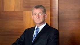 Janoušek je invalida, napsal soud. O jeho návratu za mříže rozhodnou v Brně