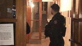 Kriminalisté muže (23) z Holešovic obvinili: Mladou sousedku se pokusil znásilnit