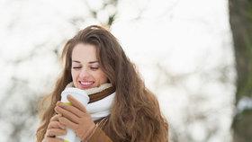 Nepijte svařák ani horký čaj, nebude vám zima! Věříte tohle vědcům?