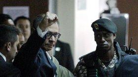 Šest let vězení za korupci: Viceprezident ovlivňoval veřejné zakázky