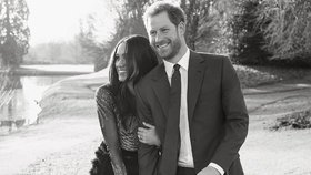 Celebrity na síti: Zásnubní fotka Meghan a prince Harryho a natáčení Mamma Mia 2