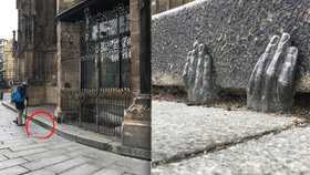 Tajemné ruce se objevily u katedrály sv. Bartoloměje v Plzni: Autor i motiv neznámý…