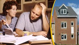 Hypotéky jsou rekordně levné. Vyplatí se?