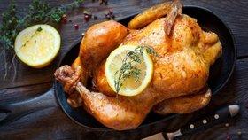 Kdo z vás by odolal pečenému kuřátku s nádherně křupavou kůžičkou? Zřejmě nikdo!