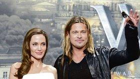 Angelina Jolie přebrala Brada Pitta své kolegyni Jennifer Anniston.