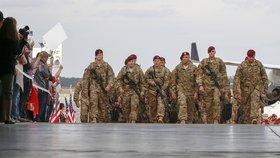 Někteří vojáci se již vrátili do USA.