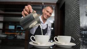 Skvěolu kávu jako od profesionálů si můžete uvařit i doma. Jen musíte mít správný kávovar.