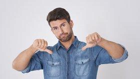 Muži dělají módní chyby, které jim kazí image.
