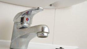 Hrůza v Trnové: Lidé nesmějí pít vodu, nelze se v ní ani koupat