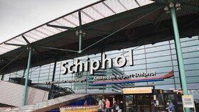 Letiště Schiphol muselo kvůli výpadku proudu zrušit všechny lety.