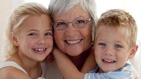 Laskavá babička je splněním rodičovského snu. Ne vždy se splní.