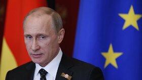 Německá vláda žádá Rusko, aby vysvětlilo, proč zakázalo osmi německým představitelům vstup na své území.