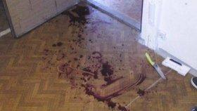 Při sousedském sporu pobodal muž mladíka, který bránil svou matku