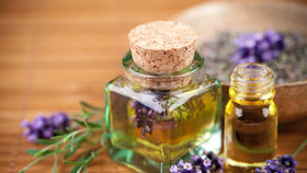Jak se zbavit bolestí hlavy, zklidnit mysl a posílit imunitu? Díky aroma esenciálním olejům