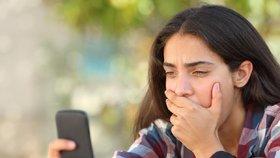 Podle výzkumu tráví lidé s depresemi s chytrým telefonem v ruce denně více než 68 minut.
