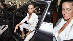 Už žádný textil navíc: Verešová ukázala bradavku svých silikonem vylepšených trojek!