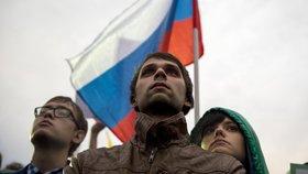 Rusy válcuje chudoba: Každý desátý dostane potravinové lístky na jídlo z vlasti