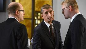 Andrej Babiš s koaličními partnery Sobotkou a Bělobrádkem