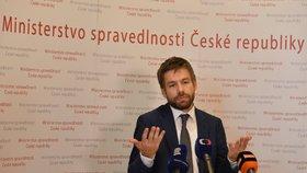 Ministr spravedlnosti Robert Pelikán (ANO) má jasno. Dohnal je opět ředitelem, Ondrášek končí.