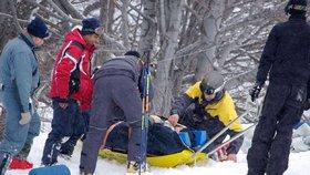 Na Klínovci našli lyžaři snowboardistu v bezvědomí. Vedle něj ležela poškozená přilba