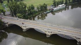 Praha odmítla rozšířit Libeňský most. Zboří jej nakonec celý?
