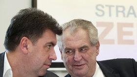 Nejedlý radí Zemanovi jen na ústní dohodu: Diplomatický pas ale dostal