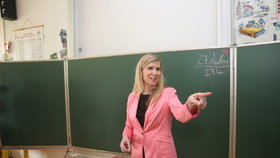 Inkluze ve školství je demencí, míní 37 procent Čechů. Valachová to schytala