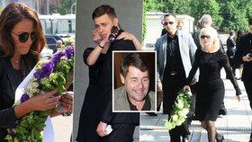 Pohřeb exmanžela Žilkové: Zdrcený syn Vincent, uplakaná Agáta a ministr obrany Stropnický
